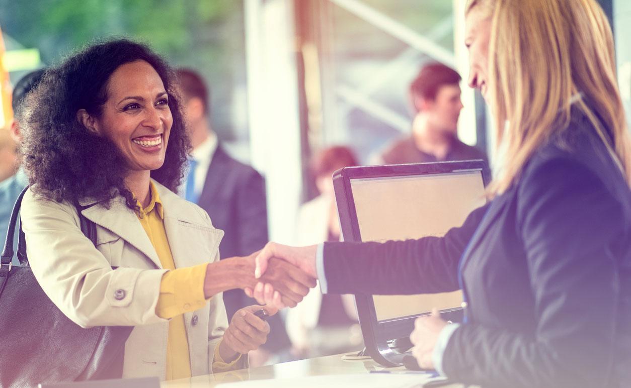 customer-experience-teller