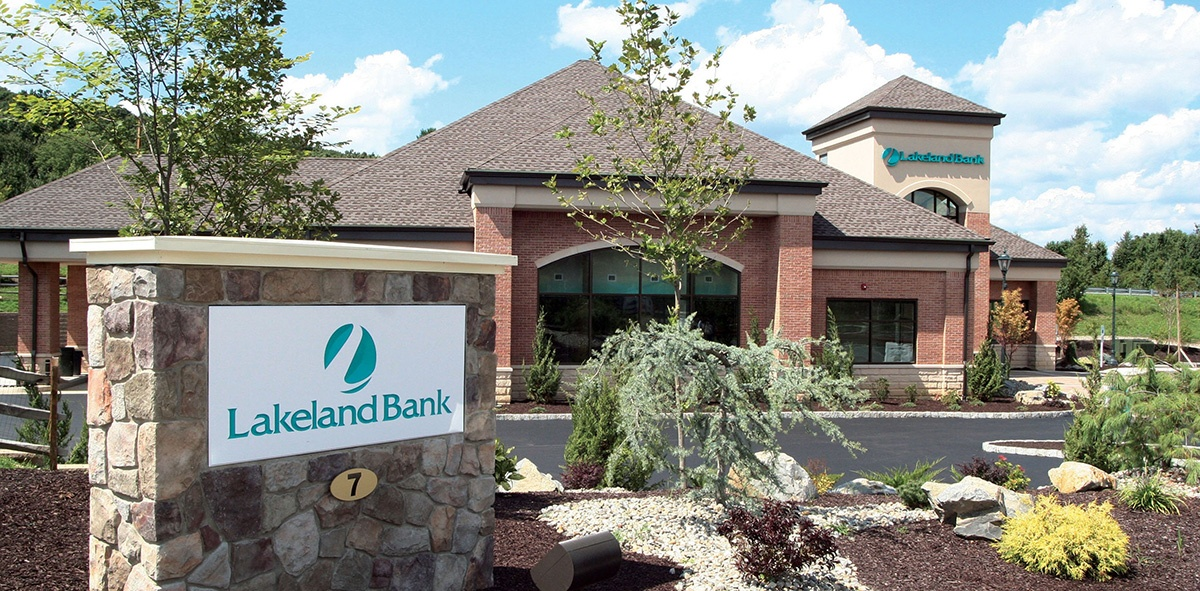 lakeland-bank-branch.jpg